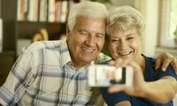 grandparents selfie smartphone